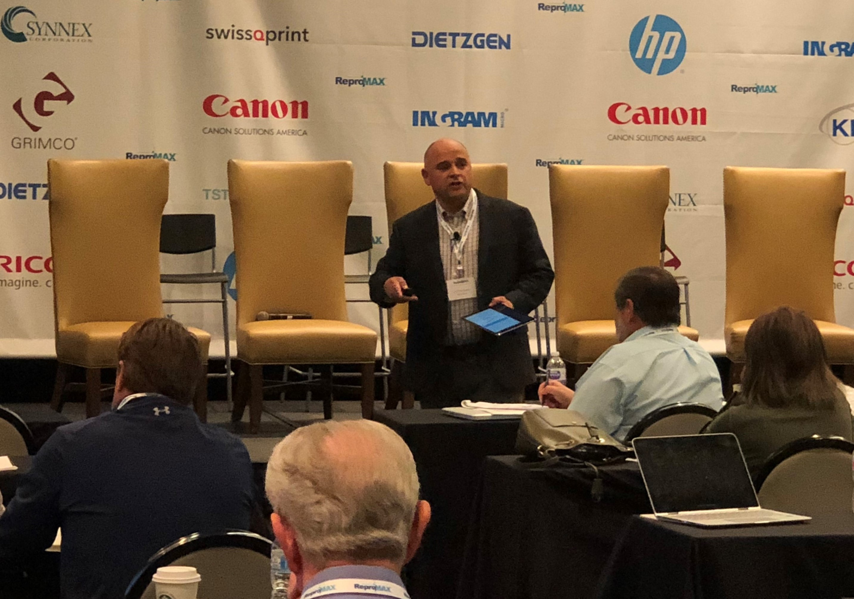 BarkerBlue's Lee Hopkinson at 2018 ReproMax Conference-1